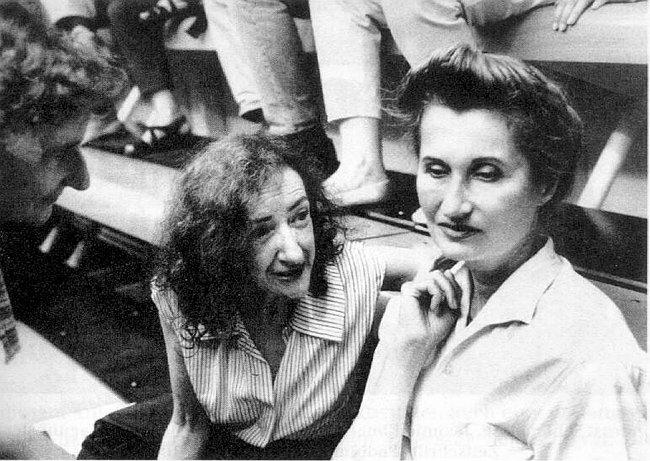 Elfriede Gerstl (vlevo) a Elfriede Jelinek